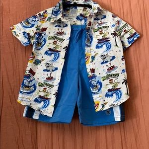 Cool collar shirt/ shorts boy set! Cool Kid!